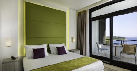 Dvokrevetna soba, strana more,balkon, sa noćenjem i doručkom - Krilo, Premium