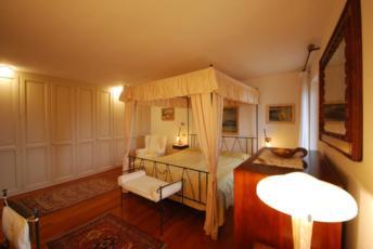 Dvokrevetna superior soba kada je koristi 1 osoba s noćenjem i doručkom